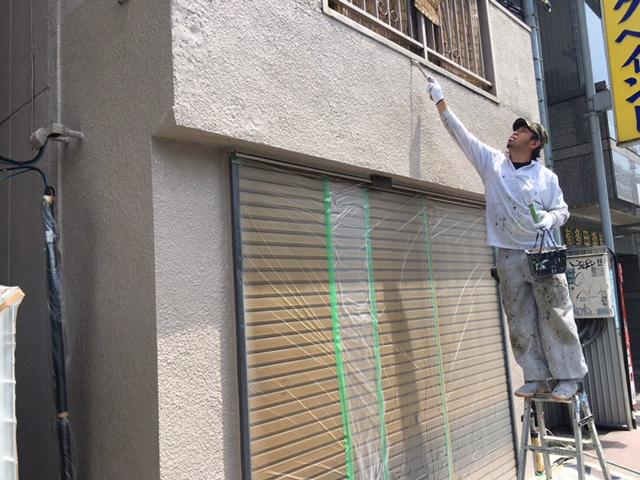 横浜市鶴見区 店舗の外壁の塗り替えを行いました!